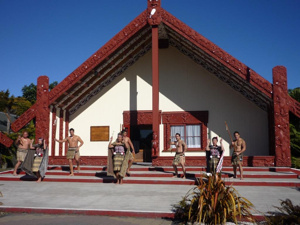 "Exhibición ""cultural maorí"""