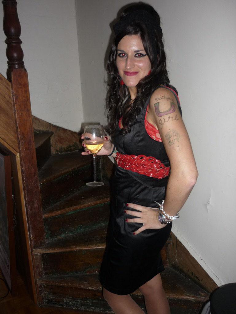 Ángela como AMY WINEHOUSE